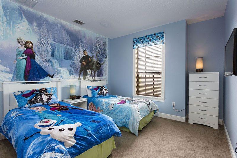 desain kamar tidur anak perempuan bernuansa frozen