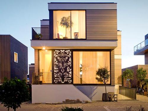 Eksterior Rumah Minimalis 2 Lantai Dengan Kaca Lebar